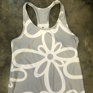 Old navy active wear top